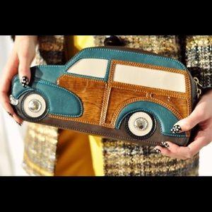 Kate Spade Woody car clutch